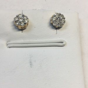 14 K yellow gold diamonds earrings.50 ct w